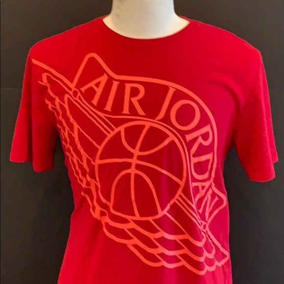 22a23124004e92 Nike Air Jordan Wings t shirt. Red. Size Large. M 5c3cb71ba5d7c6276efb0e85